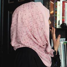 Luxury Embroidered Kashkha Hijab - Rose Pink