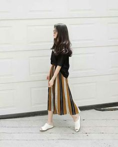 New Ideas For Skirt Outfits Modest Apostolic Fashion - - New Ideas For Skirt Outfits Modest Apostolic Fashion Source by Lovelynietha Apostolic Fashion, Modest Fashion, Hijab Fashion, Fashion Outfits, Fashion Ideas, Long Skirt Fashion, Skirt Outfits Modest, Casual Outfits, Asian Fashion