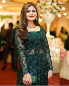 Pakistani Party Wear Dresses, Shadi Dresses, Pakistani Wedding Outfits, Indian Gowns Dresses, Pakistani Dress Design, Pakistani Designers, Pakistani Suits, Designer Party Wear Dresses, Kurti Designs Party Wear