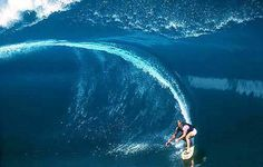 """""""(Teahupo'o, Tahiti) The only wave in the world with teeth."""" Keala Kennelly == and it bit Bali Travel, Hawaii Travel, Tsunami, Surf Forecast, Soul Surfer, Windsurfing, Big Waves, Ocean Beach, Ocean Art"""