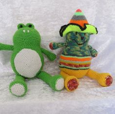 Hey, I found this really awesome Etsy listing at https://www.etsy.com/listing/240198440/pepe-frog-and-mexican-frog