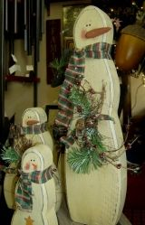 Instant Access To Woodworking Designs, DIY Patterns & Crafts Christmas Wood Crafts, Primitive Christmas, Christmas Love, Christmas Snowman, Rustic Christmas, Christmas Projects, Winter Christmas, All Things Christmas, Holiday Crafts