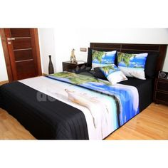 Béžovo čierne prehozy na posteľ s motívom pláže Bed, Furniture, Home Decor, Homemade Home Decor, Stream Bed, Home Furnishings, Beds, Decoration Home, Arredamento