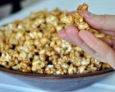 Homemade Microwave Caramel Corn | no mess, no fuss thanks to a paper bag | Weight Watchers PointsPlus 4 | Kitchen Parade