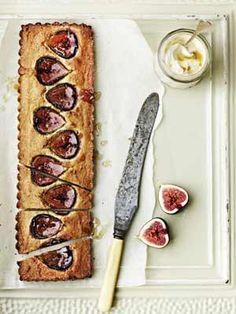 Fig and frangipane tart