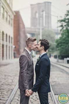 Lesbian owned, cleanplatepictures.com $3800 to start DUMBO/Midtown Engagement Shoot