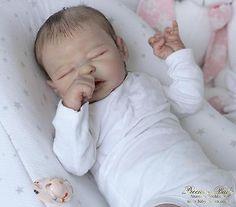 *Realistic reborn baby girl Quinlynn by Laura Lee Eagles * lifelike newborn doll