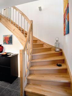 Treppenaufgang im Landhausstil