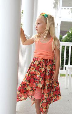 How to Make a Handkerchief Skirt Dress - The Sewing Rabbit Girls Dresses Sewing, Little Girl Dresses, Twirl Skirt, Dress Skirt, Hankerchief Dress, Skirts For Kids, Dress Cuts, Diy Dress, Dress Patterns