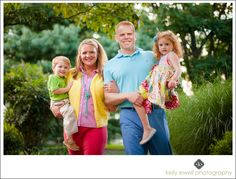 Colorful and preppy summer time natural light family portraits at Ida Lee Park in Leesburg, Virginia