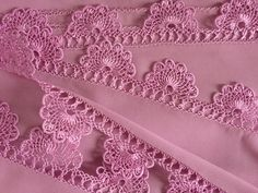 Needle Lace, Lace Making, Crochet Designs, Knitting Yarn, Maya, Embroidery Designs, Knit Crochet, How To Make, Arts And Crafts