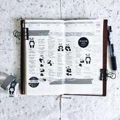 TN: 24 / 52 🗓 * 🐼🐼🐼 ================ Traveler's Notebook - Regular (Camel) Sarasa Clip 0.5mm - Black Panda Washitape Black Stripe Washitape