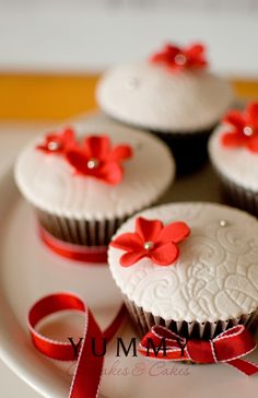 Red & White Cupcakes