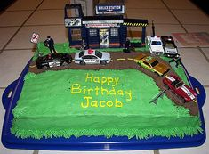 https://flic.kr/p/4moMus   Police Birthday Cake.   Trisha made this for Jacob. You know Jacob and his Police......His dream to be a Policeman.