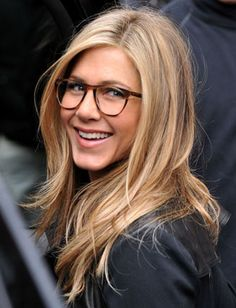 Jennifer Aniston in glasses. She always looks good. 13 Celebs Who Look Gorgeous…