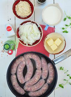 Biała kiełbasa zapiekana w sosie chrzanowym - etap 1