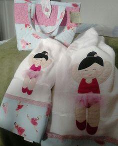 Jogo de toalhas + bolsa!!
