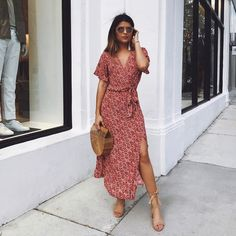 "3,539 Likes, 104 Comments - Pam Hetlinger (@pamhetlinger) on Instagram: ""This Miami weather ☀️☺️ Shop the dress via @liketoknow.it http://liketk.it/2qP19 #liketkit…"""