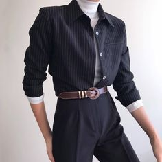 Creating the Men Minimalist Fashion Wardrobe Black Girl Fashion, Look Fashion, Korean Fashion, Fashion Design, 80s Fashion Men, Vintage Fashion, Ulzzang Fashion, Mode Outfits, Fashion Outfits