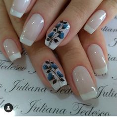 30 beautiful flower nails design ideas You worth trying – Page 27 Matte Nails, Acrylic Nails, Flower Nail Designs, Latest Design Trends, Neutral Nails, Great Nails, Types Of Nails, Flower Nails, Large Flowers