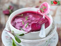 Beet Soup: of fiber / serving Beet Recipes, Fall Recipes, Soup Recipes, Healthy Recipes, Healthy Tips, Beet Soup, Cream Soup, Healthy Eating Habits, Weight Loss Meal Plan