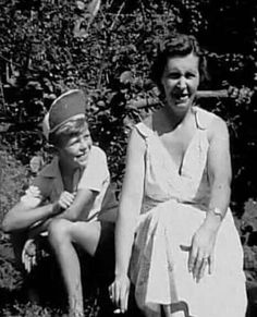 David Bowie And Mom