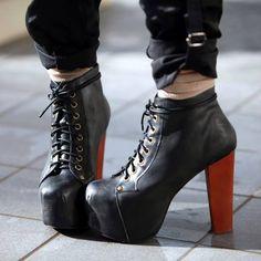 Lity - skąd się wzięły, do czego nosić i dlaczego je tak uwielbiamy? Sprawdźcie -> http://bootsy.pl/blog/w-zgodzie-z-trendami/lity-skad-sie-wziely-do-czego-nosic-i-dlaczego-je-tak-uwielbiamy