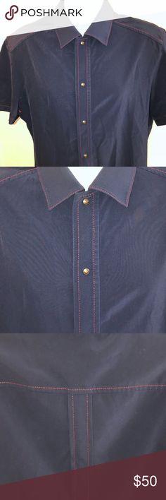 Men's shirt Men's designer short sleeve shirt in good condition. Prada Shirts