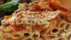 Кассероле из пасты пенне с говяжьим фаршем и итальянскими колбасками. Рецепт