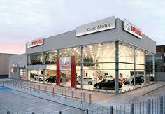 El concesionario madrileño Toyota Kobe Motor colaborará este año con la Baja España-Aragón mediante la cesión de varios vehículos Toyota para la organización, preparación y desarrollo de la cita aragonesa.