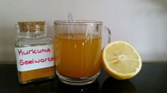 "Elke morgen drink ik dit ""wonderdrankje"". Het helpt heel goed om je maag, darmen en lever te reinigen, je spijsvertering op gang te helpen en is een uitstekende ontstekingsremmer. Zo ma…"