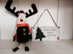 ooh not long now..use our blackboard painted plaques to countdown. £10.00