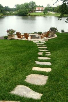 If you are looking for Backyard Fire Pit Ideas, You come to the right place. Below are the Backyard Fire Pit Ideas. This post about Backyard Fire Pit Ideas was p. Backyard Patio Designs, Front Yard Landscaping, Patio Ideas, Mulch Landscaping, Backyard Seating, Landscaping Borders, Firepit Ideas, Landscaping Design, Sloped Backyard