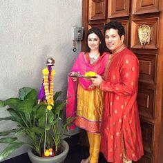 #SachinTendulkar with his wife Anjali at #GudiPadwa festival.