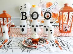 It's no secret that Halloween is one of our favorite holidays. Between the decorations, costumes and sweets, nothing gets us more in the Halloween. Diy Halloween, Halloween Cupcakes, Halloween Birthday, Holidays Halloween, Halloween Decorations, Birthday Parties, Halloween Tricks, Washi, Halloween Diy