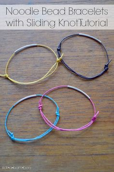 This tutorial shows you how to make cute noodle bead bracelets using sliding knots to fit writs of all sizes.