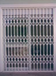 Resultado de imagem para grade sanfonada para janela