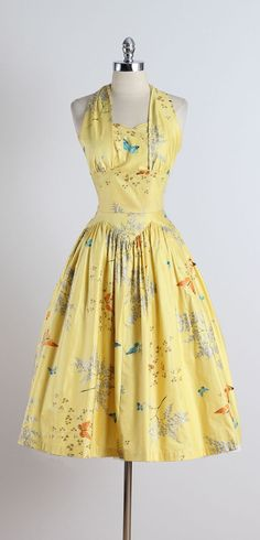 Vintage 1950s Butterfly Print Halter Dress Perfect outfit for Lily while chasing murderers, don't you think?? #WitchcraftMysteries #JulietBlackwell #AuntCorasCloset