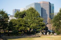 Marunouchi Park Building (丸の内パークビルディング). -  Architect : Mitsubishi Estate (設計:三菱地所).