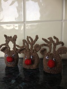 ferrero rocher knitted christmas pudding - Google Search knitting Pintere...