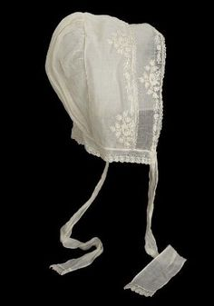 Woman's cap of white mull  American, first half of 19th century  United States