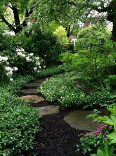 nice 52 Simple and Beautiful Shade Garden Design Ideas https://wartaku.net/2017/06/16/52-simple-beautiful-shade-garden-design-ideas/
