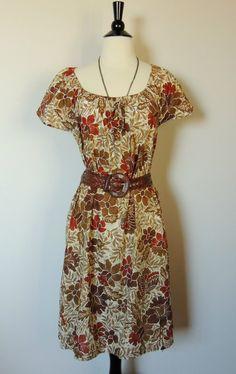 SALE TODAY ONLY Vintage 70s Floral Dress. $26.00, via Etsy.