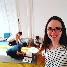Szorgosan dolgoznak a lányok ❤️ utolsó nap a Pilates oktatóképzésen, megy az agymunkat ezerrel :) #Pilates #pilatesmagyarul #oktatóképzés #edzőképzés #pilatesoktatóleszek #pilateskepzes #büszke #büszkevagyok #ügyesek #boldogvagyok #továbbképzés #mindjartvizsga