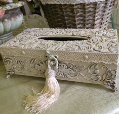 (1) Одноклассники Eid Boxes, Foil Art, Diy Crafts For Gifts, Wallpaper Pictures, Tissue Boxes, Are You Happy, Stencil, Decoupage, Decorative Boxes