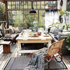Los porches cerrados son una auténtica pasada para disfrutar del exterior en invierno. Y uno así es...  Lo tiene todo!!!