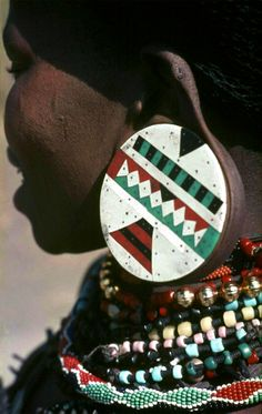 Africa | Zulu woman.  Freestate, South Africa.  ca. 1971 | ©kiciek, via flickr