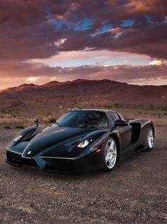 FERRARI ENZO 217 MPH The 10 Fastest Cars on the Road - ausom