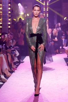 Bella Hadid Gracefully Avoided a Major Wardrobe Malfunction on the Catwalk - HarpersBAZAAR.com