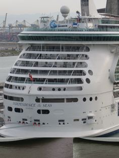 @MyRoyalUK Independence of the Seas in #Livorno #cruise #travel